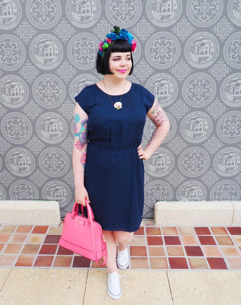 Friday Hi-Fives: Jet Lag, Glad Rags and Make Up Bags
