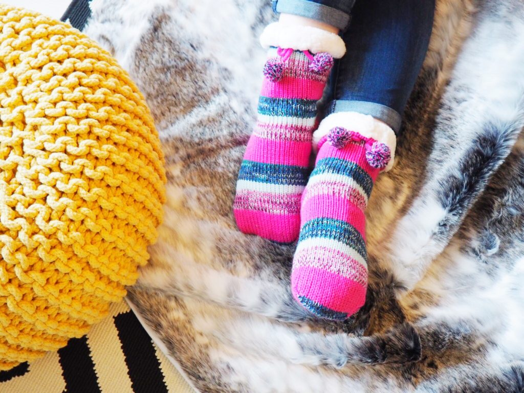 5 Steps to the Perfect Cosy Day at Home (When the Weather Outside is Frightful!)